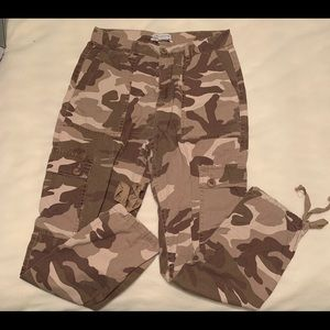 Urban outfitters vintage camo cargo pants